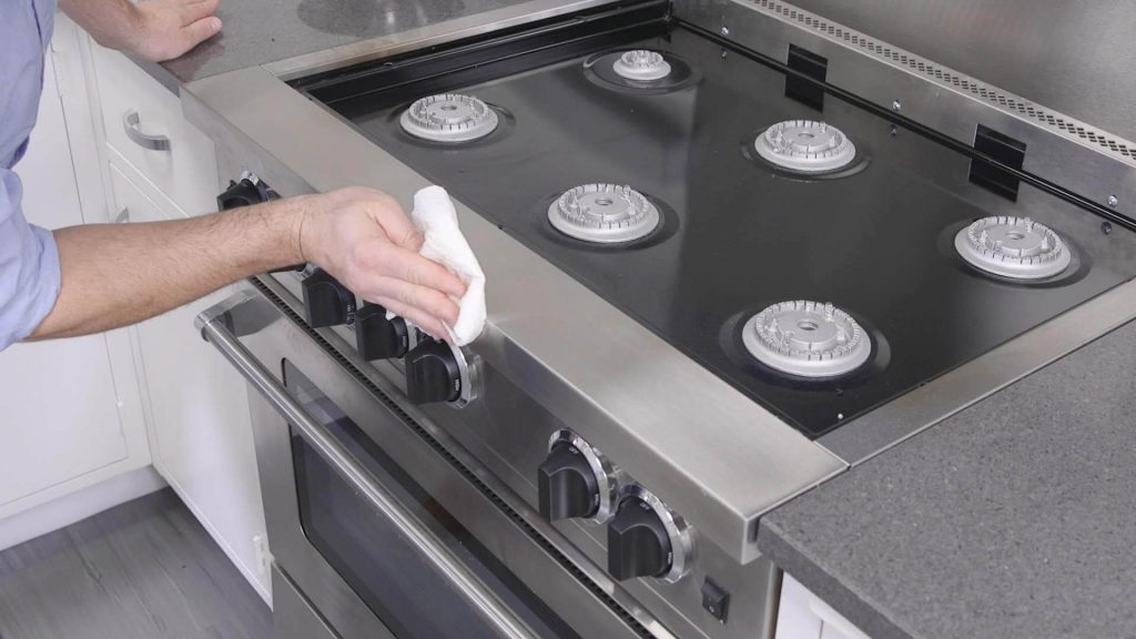 Tips for clean oven